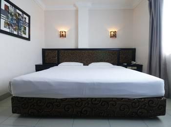 Gaja Hotel Pekanbaru - Double Room Regular Plan