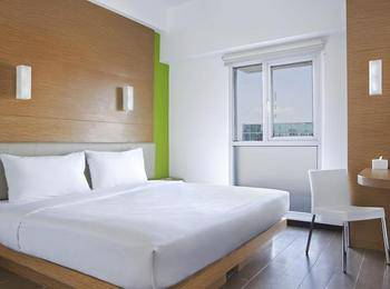 Amaris Embong Malang - Smart Room Twin Staycation Offer Room Only Regular Plan