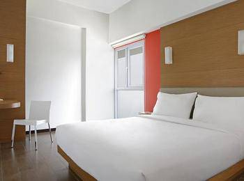 Amaris Embong Malang - Smart Room Hollywood Staycation Offer Room Only Regular Plan
