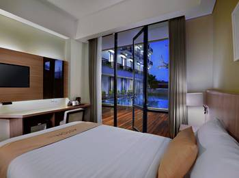 Aston Inn Mataram - Superior Room with Pool View Gratis Sahur  + Disc. 25%