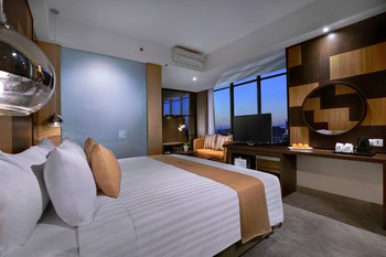 Aston Inn Mataram - Deluxe Regular Plan
