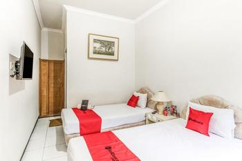RedDoorz Plus @ Prawirotaman Area Yogyakarta - RedDoorz Twin Room Regular Plan