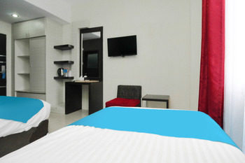 Airy Syariah Medan Sunggal MICC Gagak Hitam 92 - Deluxe Twin Room Only Special Promo Jan 5