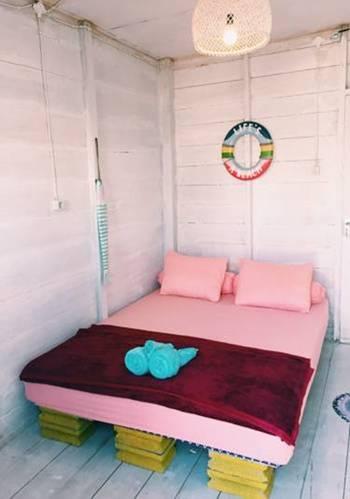 Woywoy Sunrise Bira Bulukumba - Beach Box Regular Plan