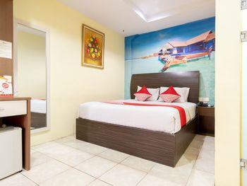 Capital O 2023 Medan Ville Hotel Medan - Deluxe Double Room Regular Plan