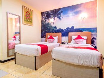 Capital O 2023 Medan Ville Hotel Medan - Deluxe Twin Room Regular Plan