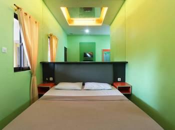 Jambrut Inn Jakarta - Deluxe 1 Minimum Stay