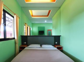 Jambrut Inn Jakarta - Deluxe 1 Room Only Minimum Stay