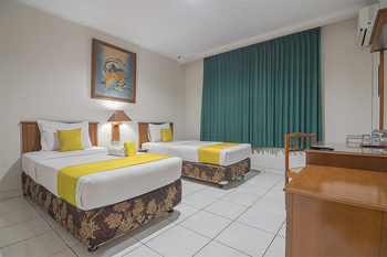 Hotel Yehezkiel Surapati Bandung - Twin Room Regular Plan