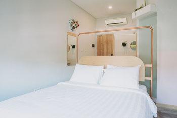 PanaHouse Surabaya Surabaya - Gembira Room Regular Plan