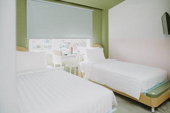 PanaHouse Surabaya Surabaya - Senang Room Only Regular Plan