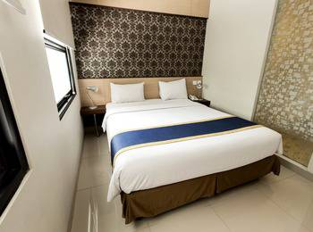 Sofia House Dago - Deluxe Room Only Best Deal
