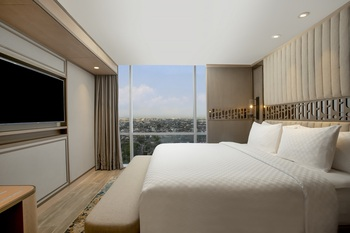 Swiss-Belhotel Solo Solo - Executive Room Only Regular Plan