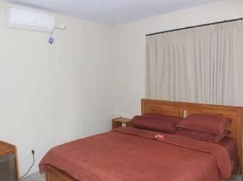 Red Island Jessi's Beach House Banyuwangi - Superior Room Regular Plan