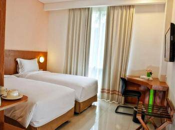 Pomelotel Jakarta - Superior Single Room With Breakfast only for One Person Discount 30%