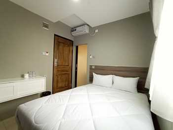 Lindswell Living Guest House Balikpapan - Standard Double Room Only Promo Gajian