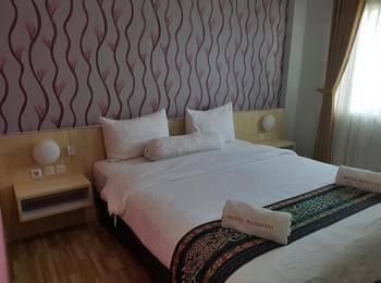 Matahari Hotel & Restaurant Labuan Bajo Manggarai Barat - Deluxe sea view Double/Twin Bed Regular Plan