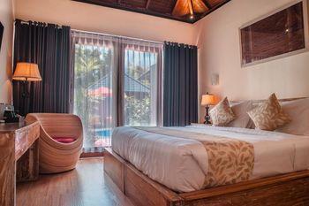 Pradja Slumbung Villas Bali - Double Room with Pool View Big Deals