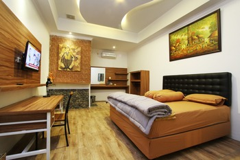 Ndalem Bebekan Guesthouse by Symphony Yogyakarta - Studio Room Non Breakfast Regular Plan