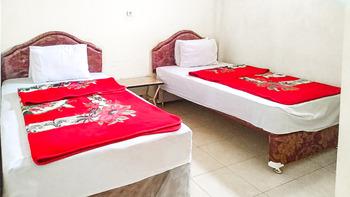 Villa Al Barokah Syariah Family Magetan - Twin Room After Hours