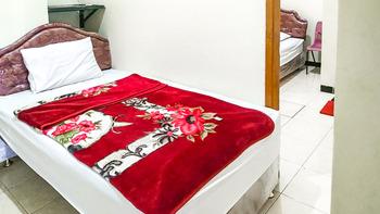 Villa Al Barokah Syariah Family Magetan - Triple Room After Hours