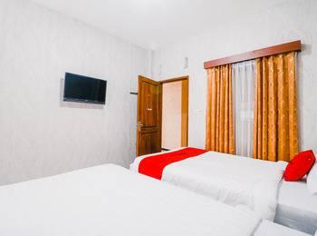 RedDoorz near Taman Rekreasi Selecta Malang - RedDoorz Room Last Minute Deal