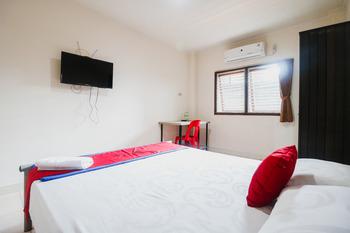 RedDoorz @ Bambu Kuning Bandar Lampung - RedDoorz Room Regular Plan