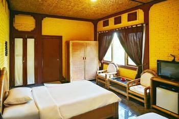 Kudos Guesthouse Ubud Bali - Deluxe Double Room with Breakfast min stay 3N 46%
