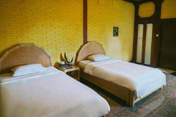 Kudos Guesthouse Ubud Bali - Deluxe Double Room (room only) min stay 3N 46%