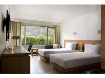 Hotel Santika Bandung Bandung - Superior Room Twin Offer  Last Minute Deal
