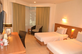 Hotel Santika Bandung Bandung - Executive Room Twin Staycation Offer  Regular Plan