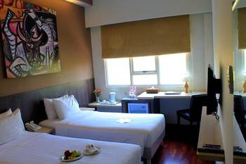 Kyriad Arra Hotel Cepu - Deluxe Twin Room Only Basic Deal