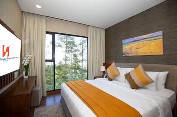 Swiss-Belresort Dago Heritage Bandung - Dago Family Suite Regular Plan