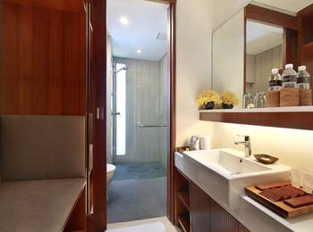 The Magani Hotel & Spa Bali - Deluxe Room Hot Deal
