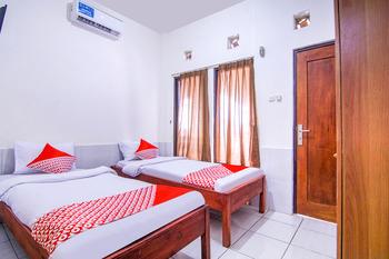 OYO 3317 Maju Jaya Homestay Syariah Bogor - Standard Twin Room Early Bird Deal