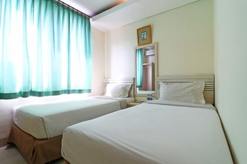 Hotel Grand Lubuk Raya Medan - Standard Room Only Basic Deal 40%