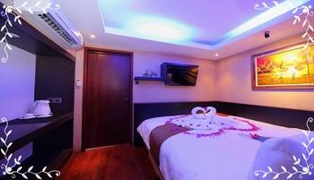 Sari Gili  Bungalow Lombok - Deluxe Room Regular Plan