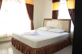 Star Beach Hotel Danau Toba - Deluxe 1 Room Only Liburan
