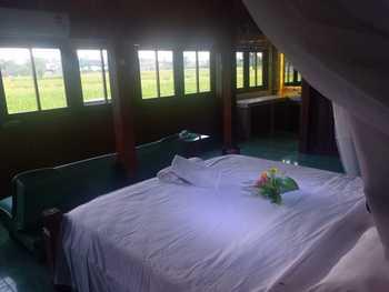 Ary's Village Yogyakarta - Romantic Javanese Private Room Regular Plan