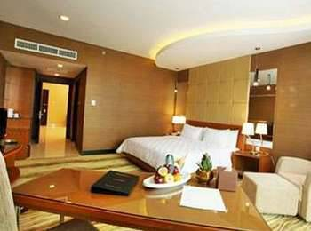 Swiss-Belhotel Kendari - Executive Suite Regular Plan