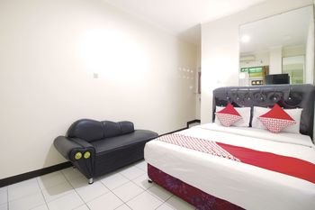 OYO Flagship 1779 Syahransah Guest House Bandung - Standard Double Room Regular Plan