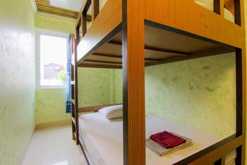 Yani Homestay Padang - Economy Room - Room Only Non Refundable Minimum Stay 40%
