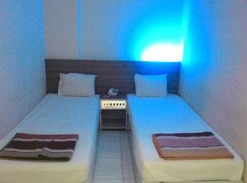 Hotel Kharisma 1 Madiun - Standard Room Regular Plan