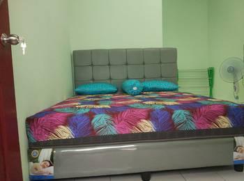 Maradona Guest House Medan - Standard room with AC Regular Plan