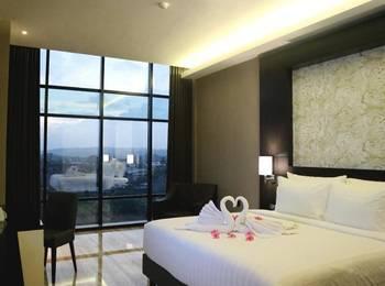 Grand Karlita Hotel Purwokerto Purwokerto - Deluxe King Regular Plan