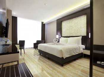 Grand Karlita Hotel Purwokerto Banyumas - Deluxe King Regular Plan