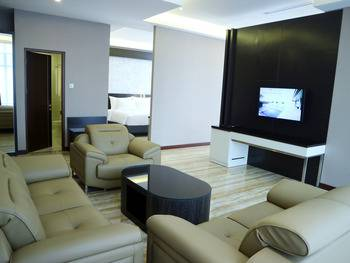 Grand Karlita Hotel Purwokerto Banyumas - Junior Suite Regular Plan