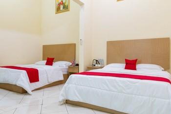 RedDoorz @ Pataruman Garut Garut - RedDoorz Family Room Regular Plan