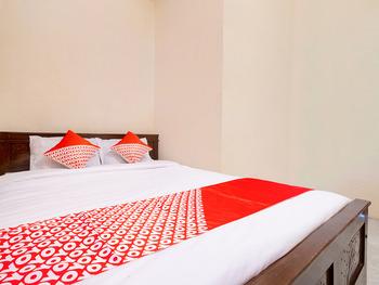 OYO 3076 Lilik Homestay Syariah Magelang - Saver Double Room Regular Plan