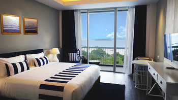 Swiss-Belresort Tanjung Binga Belitung - Deluxe King Ocean View Regular Plan